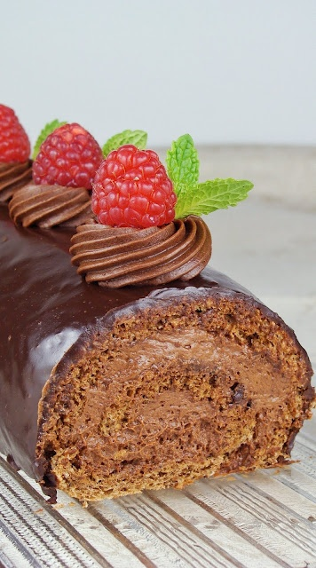 Chocolate dust: torte/cakes scroll down for recipe