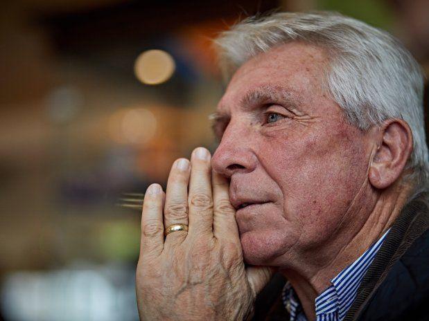 Klaus Fischer (67) ist gelernter Glasbläser aus dem Bayerischen Wald, 1970 kam er vom TSV 1860 München zum FC Schalke 04, mit dem er 1972 Pokalsieger wurde.