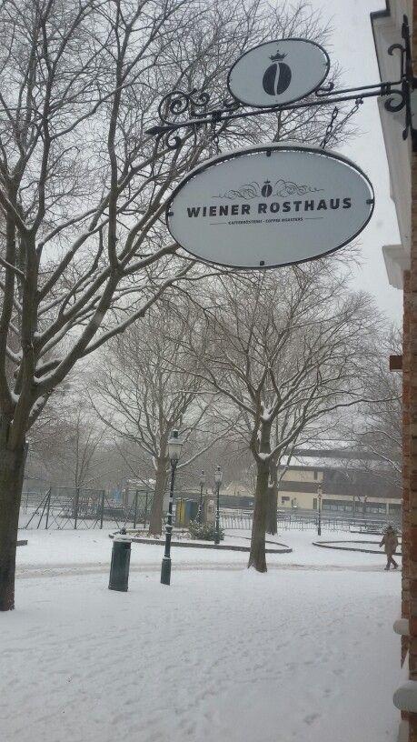 Viennese Roasthouse snow in vienna viennese coffeeroaster