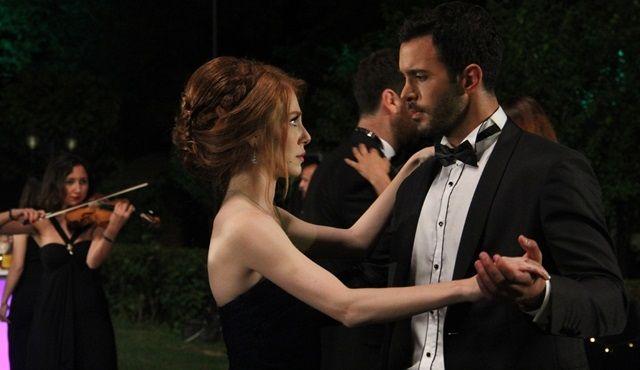 Kiralık Aşk 3.Bölüm Özeti (3 Temmuz 2015 Cuma / Star Tv)  http://baydizi.com/yerli-dizi/kiralik-ask/kiralik-ask-3-bolum-ozeti-3-temmuz-2015-cuma-star-tv/#ixzz3eYitge8N