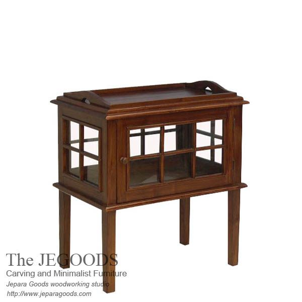 The Jegoods Woodworking Studio design and produce teak minimalist Serving Tray end table made of teak Jepara furniture manufacturer Indonesia at low price. #teakminimalist #minimalistfurniture #jeparagoods #indonesiafurniture #servingtray #teaktable