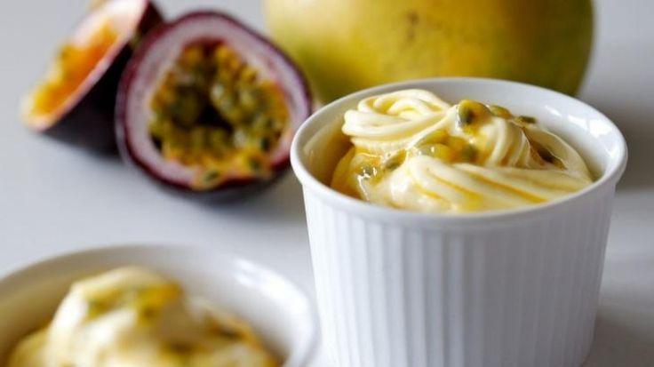 Mango passionfruit frozen yoghurt