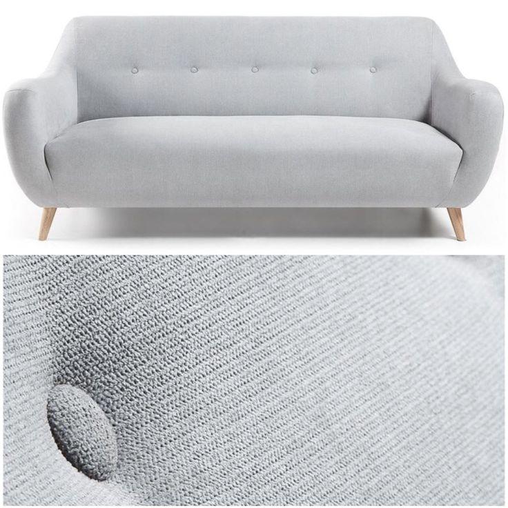 Sofa modell OPAL. www.mirame.no  #lenestol #stol #stue #sofa  #innredning #møbler #norskehjem #mirame #pris  #interior #interiør #design #nordiskehjem #vakrehjem #drømmehjem  #oslo #norge #norsk  #bilde #speilbilde #tre #metall #rom123  #nyheter #stoff #opal #grå