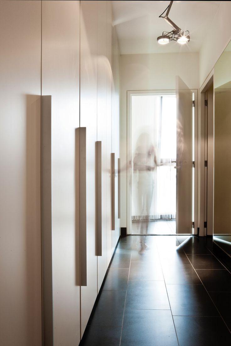 Francois Hannes - Sky Apartment