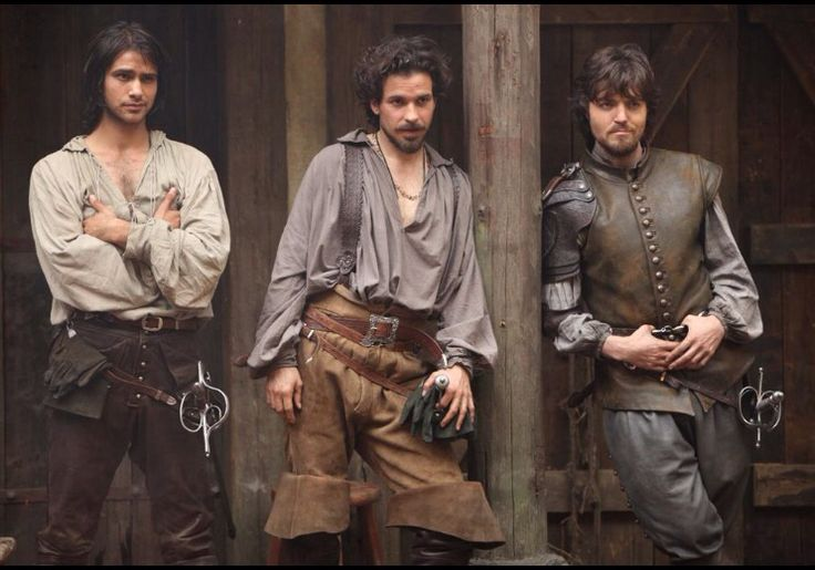 Musketeers - D'Artagnan, Aramis, and Athos (1x08) -  I feel like so much is being expressed in this one picture :)