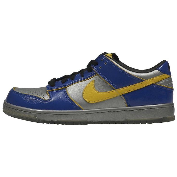 Nike men's Dunk Low Supreme Shoes The men's Dunk Low Supreme retro shoes  from Nike feature a leather upper for a great look.