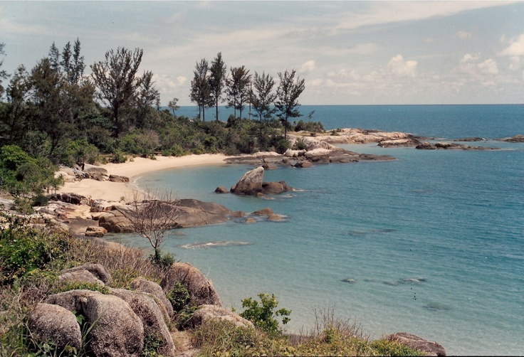 tikus beach in 1988 (image credit:  lim keng tjoe)