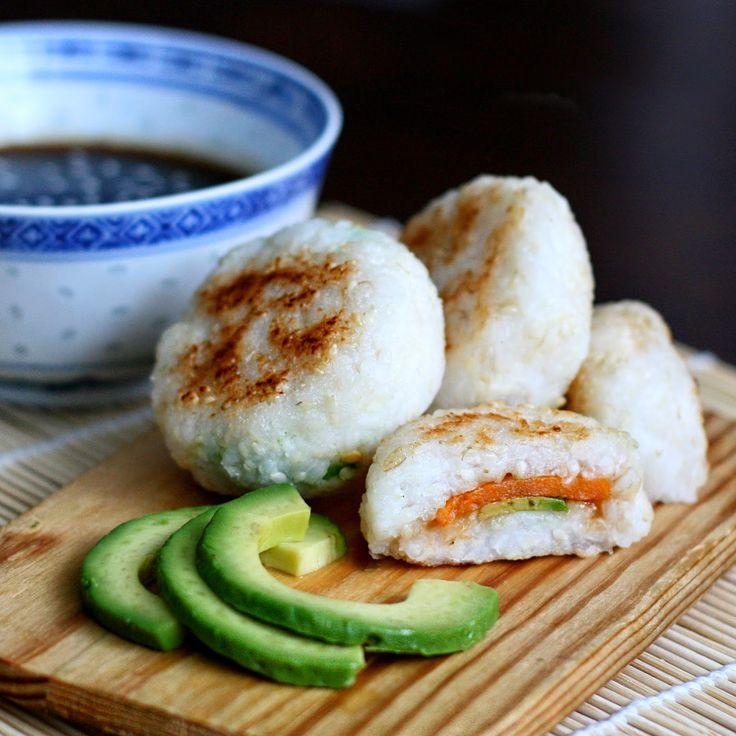 Yaki onigiri  Pan fried rice balls stuffed with sweet potato and avocado. Dipping sauce recipe included.  Scroll down for english version