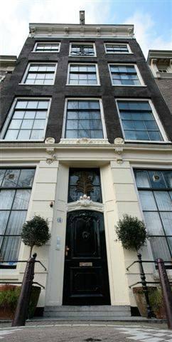 Mauro Mansion trip advisor winner, excellent ratings, een km wandelen van Photo Tours Amsterdam, ook Fusion Hotel, ontbijt inbegrepen