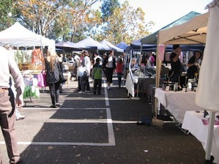 The North Sydney Market is held monthly on the 2nd Saturday of the month from 9am to 3pm. It's quite a big market with over 120 stalls selling all sorts of interesting products such as crafts, jewellery, handbags, clothes, home-made soaps, antiques, 2nd hand books and food! There's also free live entertainment on-site.