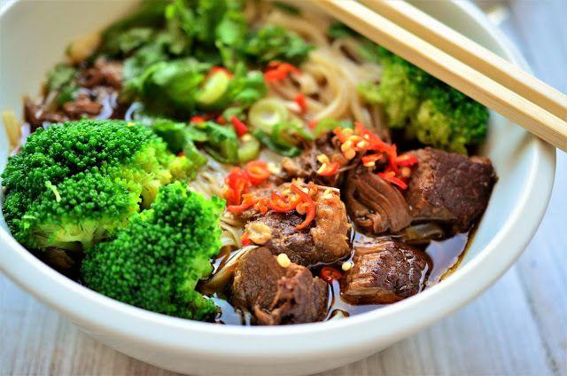 Nuselská kuchta uvádí ...: TAIWANSKÁ HOVĚZÍ POLÉVKA - NIU ROU MIAN 牛肉麵..........