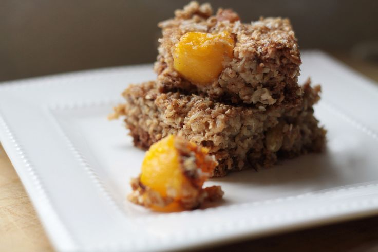 Stay motivated this New Year with our Mango Coconut Baked Oatmeal Bars.