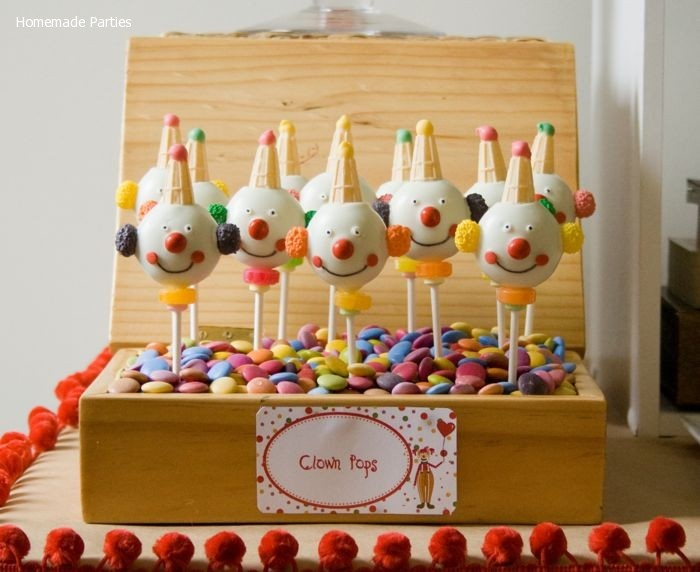 clown cake pops Becki, I need these in March :)