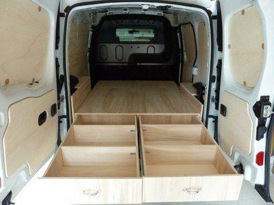 Aménagement d'utilitaire,aménagement fourgon,aménagement véhicule utilitaire, Double-Plancher arrière RENAULT KANGOO 2. Plus de 70 kits à partir de 369€ sur la boutique en ligne Kit Utilitaire.