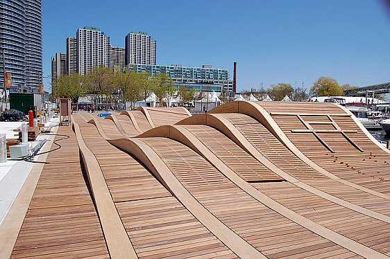 Harbourfront Wave Deck, Canada