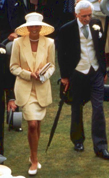 Diana at a 1993 Buckingham Palace garden party