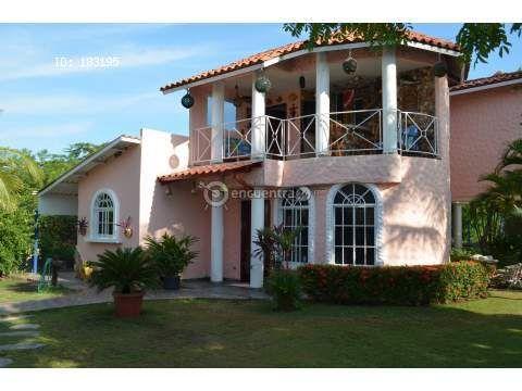 Alquileres Panamá / Playa Malibu Bella casa de playa