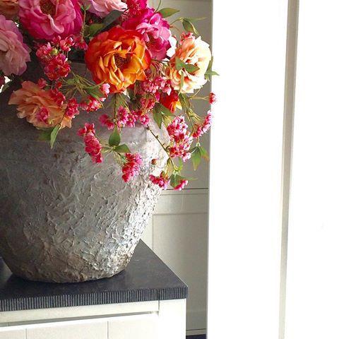Afbeeldingsresultaat voor bloemstuk kunstbloemen