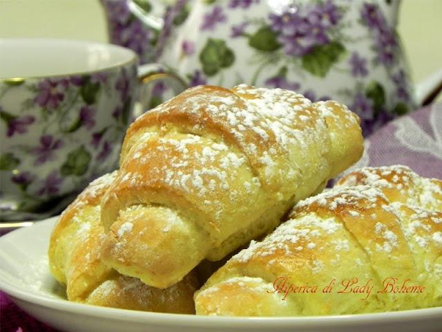 Italian food - Croissant dolci veloci