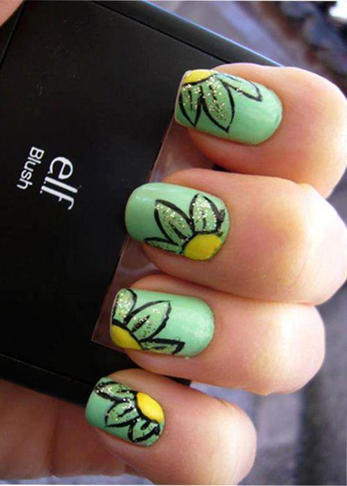 Uñas con flores en base menta ideales para la temporada, encuentra uñas para primavera en http://mipagina.1001consejos.com/