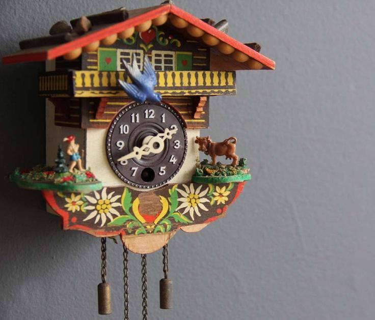 Coo coo clock pendulum stops 57off carved bone cuckoo clock with 8 day movement sternreiter - Coo coo clock pendulum ...