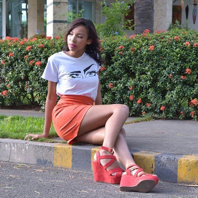 Z A M E R A ● LOOK PARA UNA MUJER ARRIESGADA. . Si tú eres una mujer segura y osada que no le teme a los riesgos y le encanta renovarse cada día... ESTE LOOK ES PARA TI!❤ Falda: $45.000 Camisa: $45.000 Zapatos: @fannylindarteshoes  Adquierela al 3004039275 o escribenos ⬇⬇⬇⬇⬇ @ Cúcuta, Norte de Santander . . #fashion #style #stylish #love #me #cute #photooftheday #nails #hair #beauty #beautiful #instagood #instafashion #pretty #girly #pink #girl #girls #eyes #model #dress #skirt #shoes #heels…