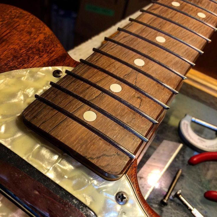 how to make a guitar giner tube