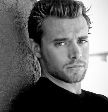 Billy Miller from Y