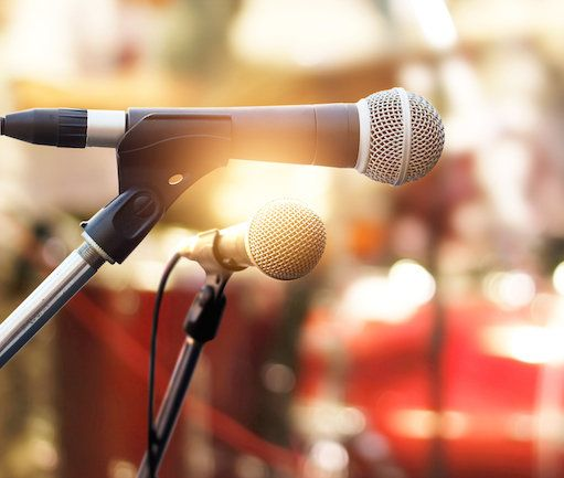 5 questions to ask a wedding band or DJ before hiring them: Good advice to put you on the right, er, track!