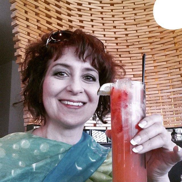 Strawberry lemonade with great coaching friends! #annarbor #drink  (at Zola Bistro)