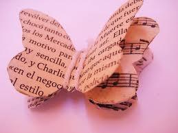 mariposas de papel reciclado