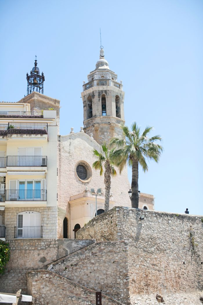 View of Sant Bartomeu i Santa Tecla in Sitges Spain | photography by http://danielleaquilinephotography.com/