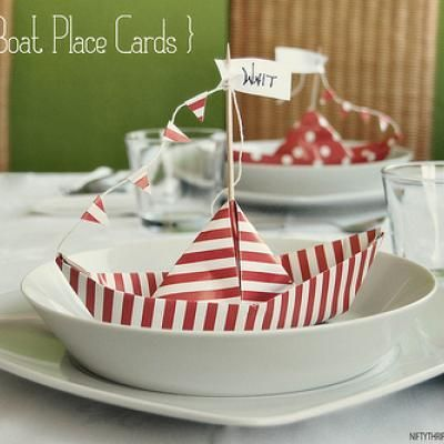 View this Tutorial   Paper Boat Place Cards {Place Card Template}  Download and print this place card template to make your own paper boat place cards.
