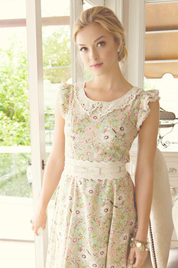 3 stitch summer dress exhibitionists