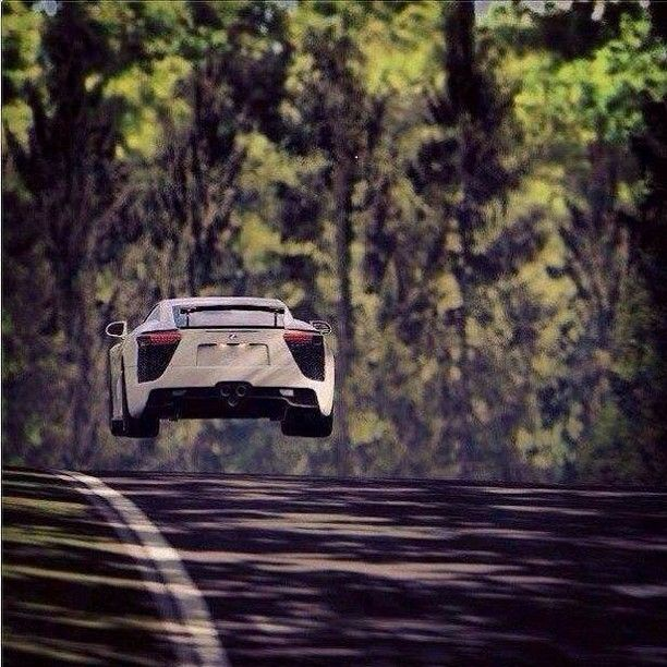 Flying Lexus LFA via carhoots.com