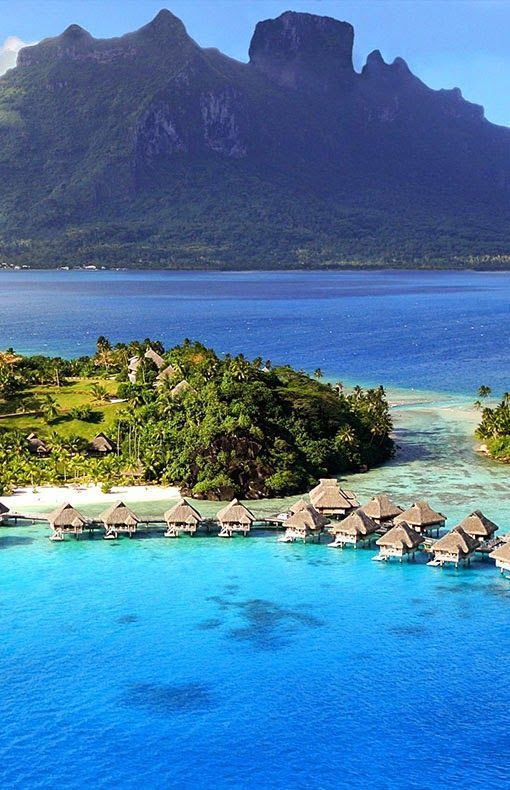 Linapacan Island in the province of Palawan, Philippines. https://ExploreTraveler.com