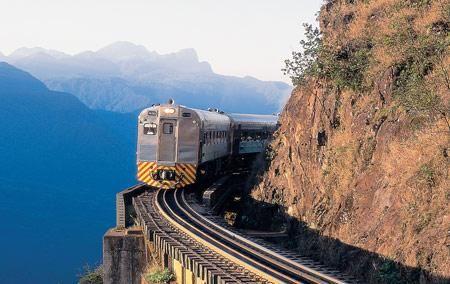 Se você está ou mora em Curitiba, aproveite para andar em um trem de verdade. Esta é nossa #DicaCultura da semana