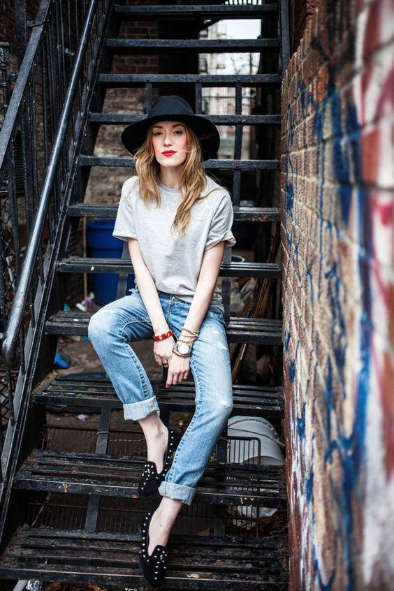 Met een hoed kun je iedere outfit gelijk een andere uitstraling geven. Het is echt zeker een musthave de aankomende lente en zomer. Je vindt de leukste hoeden in de uitverkoop via Aldoor! #sale #mode #accessoires #sieraden #hoed #fedora #fashion #accessories #jewelry #hat