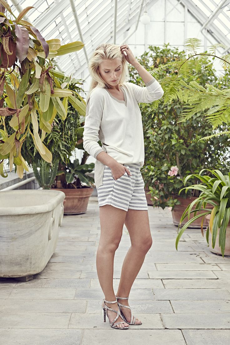 Carma sweater - Natural White with Cicely shorts - Bouclé