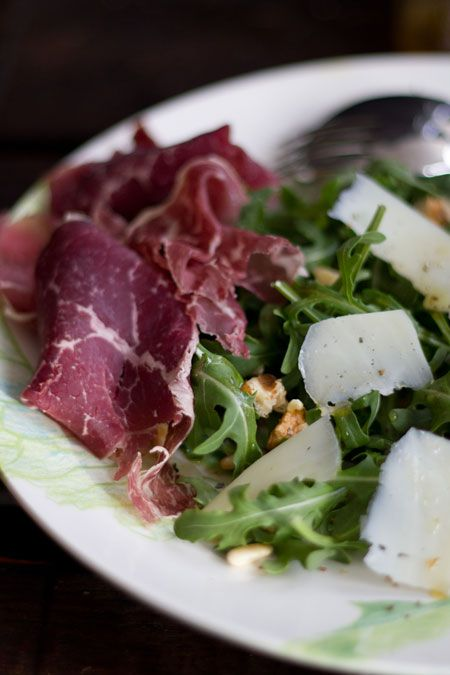 17 best images about platos de jam n queso y m s on - Ensaladas con jamon serrano ...