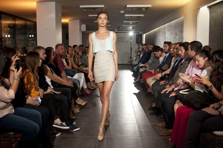 Yanina Bermas - Kariyer Trunk Show / Fashion Show