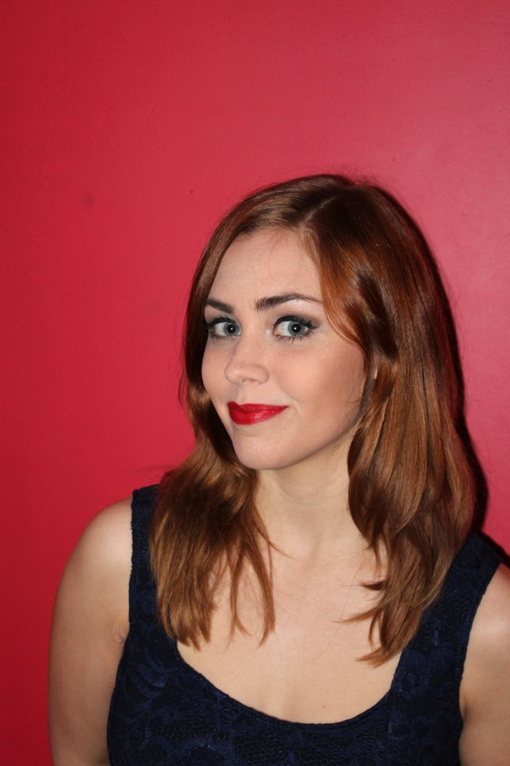 https://www.facebook.com/AnnaWlodarczykMakeUp/  French mclassic makeup