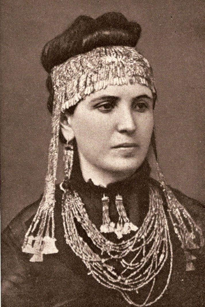 Sophie Schliemann In 1876 he discovered grave goods of such richness at Mycenae in Greece ...