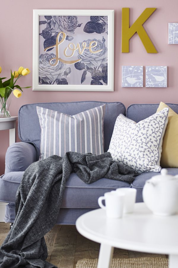 Taking time to just sit back and relax in your living room – it's one of life's simple pleasures! Find soft, cozy IKEA sofas and armchairs you can sink into.