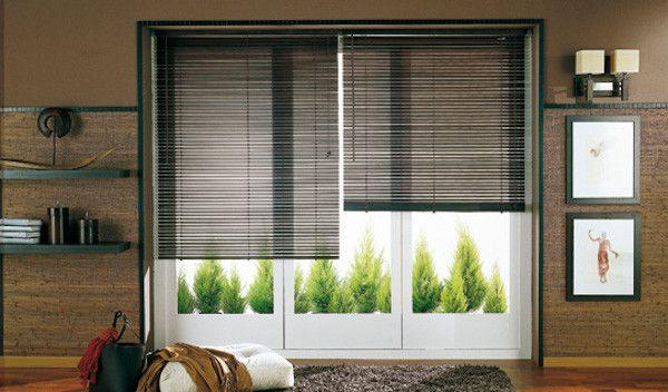 """Los estores parecen haberse puesto de moda como """"sustituto"""" de las cortinas y de hecho podemos encontrarlos en las tiendas de muchas marcas especializadas"""