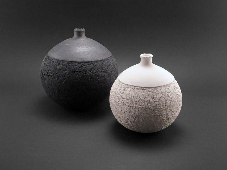 Opposites Attract: Whispering Globes - Ildikó Károlyi #ceramics #raku #design