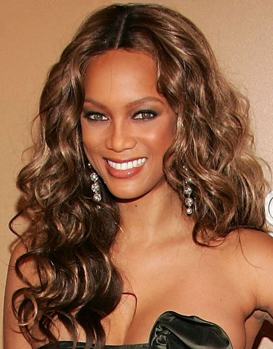 Super model Tyra Banks is currently enjoying life on the billionaire side of things, because her new man is boxed up financially!