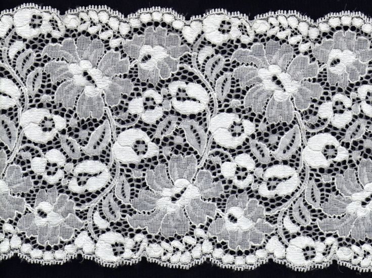 Čistě+bílá+plastická+krajka+s+nádhernými+květy+Uvnitř+vzoru+plná+výšivka,+jemná+jako+pavučinka,+květy+jsou+rozvité,+jinak+vyšité,+mezi+květy+tenká+linka.+Krajka+působí+velmi+plasticky,+strečová.+Šířka:+15+cm+Barva:+bílá+Materiál:+nylon,+lycra,+polyamid+Pružná:+ano,+jemná+na+omak+Cena+za:+10+cm+Použití:+dekorace,+prádlo