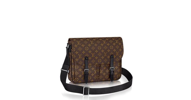 Discover Louis Vuitton Christopher Messenger: Elegance and practicality are the hallmarks of the Christopher Messenger. Crafted of the historical Monogram Macassar canvas, this supple bag gives a touch of coolness to each look and offers a generous inside space. Smart buckles and fittings keep valuable belongings secure.