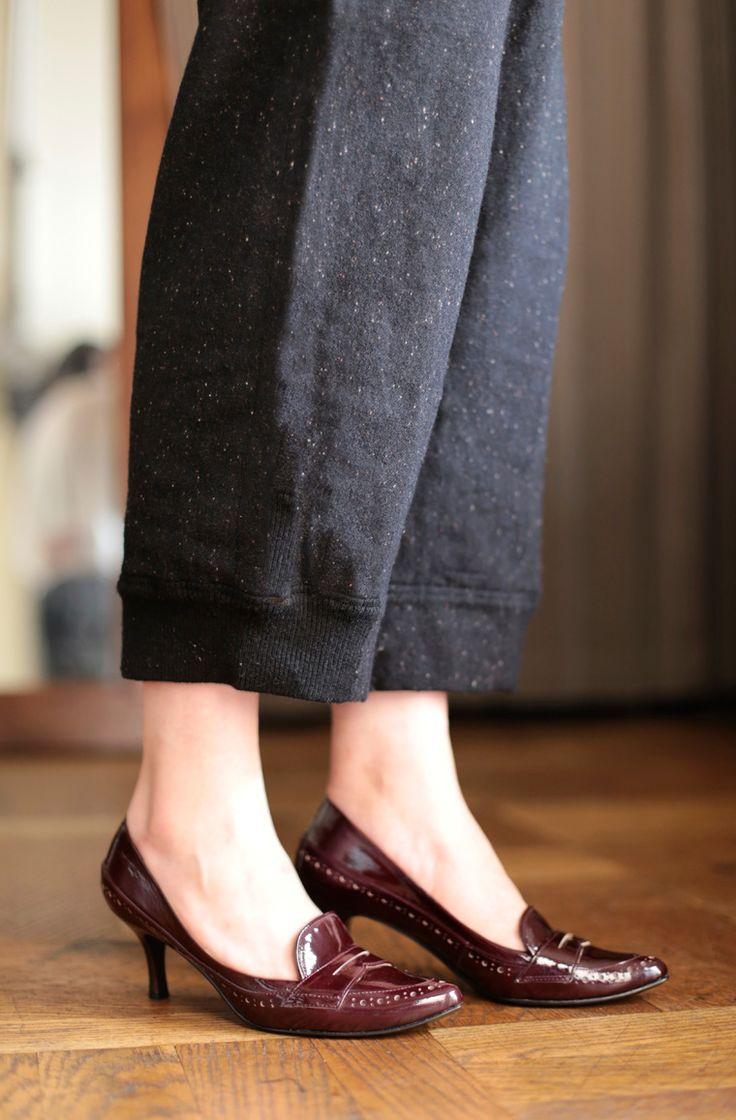 上品なボルドーエナメルのローファーパンプス ミディ丈のパンツやスカートで大人かわいくコーディネートするのも素敵ですよね nutsllyLoafer pumps Enamel EWJ-519  #pumps #shoes #love #cute #giri #fashion #ナッツリー #パンプス #シューズ